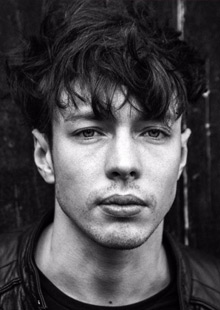 Triple G Music presents Barns Courtney